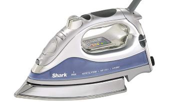 Shark Lightweight Professional GI468 iron